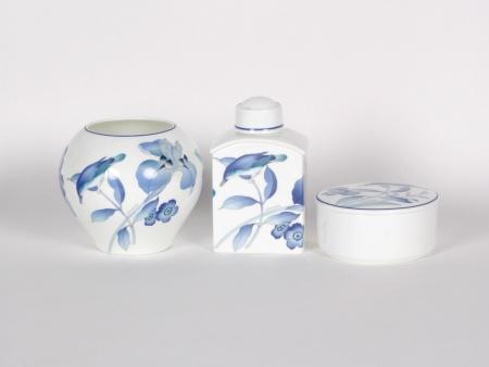 Hutchenreuther Porcelain Vanity set - IB00039