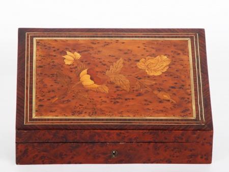 Napoleon III Game Chips Box - IB01280