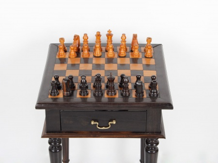 Chessboard Table in Solid Wood - IB01799