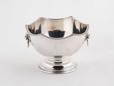 Silver Plated Metal Bowl on Pedestal - IB02198