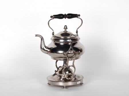 نافورة شاي من المعدن المطليّ بالفضَة - IB02552