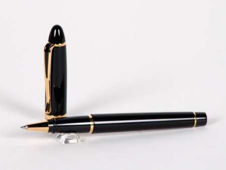 Aurora Ipsilon Roller Pen in Black Resin - IB02876