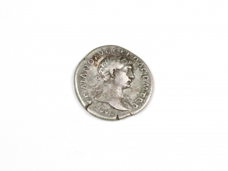 Pièce Romaine en Argent Trajan. Poids: 3.30 grs - IB03542