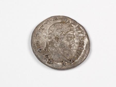 Pièce Romaine en Argent Caracalla. Poids: 12.30 grs - IB03553