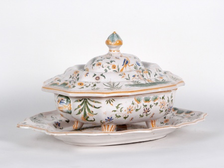 19th Century Earthenware Tureen - IB04084