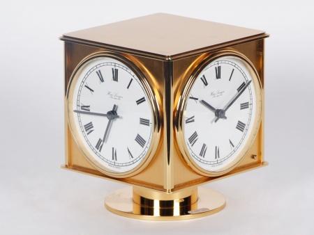 Hour Lavigne Cube Quadruple Clock - IB04093