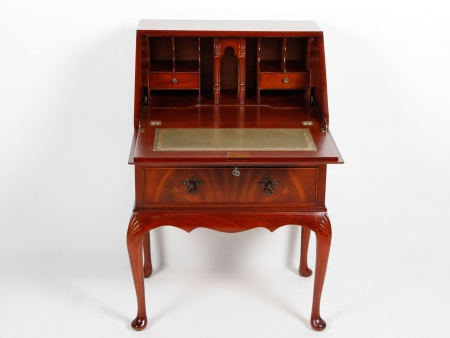 Queen Ann Style Cross-Banded Desk - IB04301