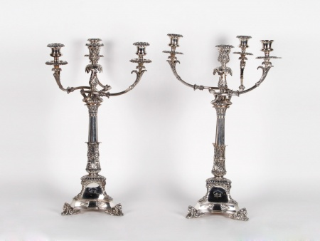 Important Pair of English Candelabra in Silver Plated Metal - IB04714