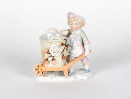 Porcelain Sculpture: Young Child With a Wagon - IB05062