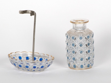 "Soap Holder and Bottle in Baccarat Crystal. ""Diamant Pierreries Bleu"" - IB05130"
