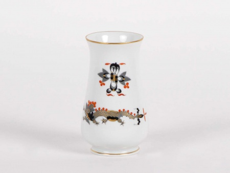 Meissen Black Court Dragon Vase - IB05343