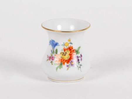 Meissen Vase in Porcelain With Floral Decoration - IB05344