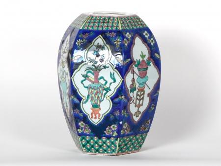 Porcelain hexagonal blue vase - IB07203