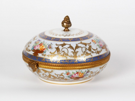 Le Tallec Porcelain Candy Box - IB07507