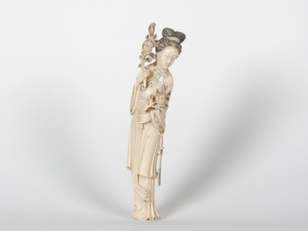 "Japanese Ivory ""Geisha"" Okimono. Late 19th Century - IB07530"