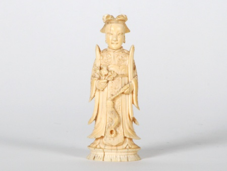 Chinese Princess Ivory Okimono. Meiji Period - IB07536