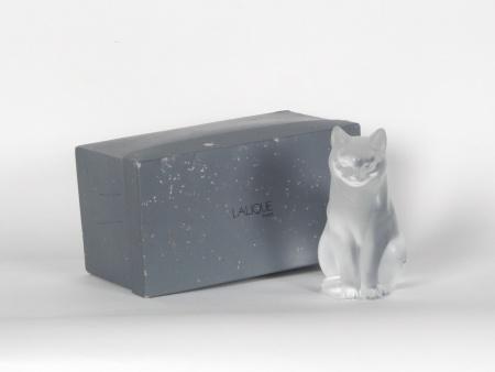 Lalique Crystal Cat - IB07707