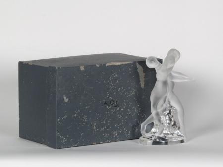 Lalique Crystal Sculpture - IB07719