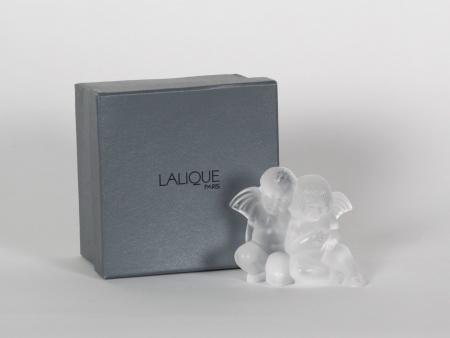 Lalique Crystal Sculpture. France. - IB07727