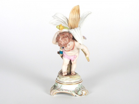 "Meissen Figurine ""Cupid Carrying a Large Lily"" - IB08068"