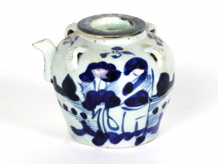 19th Century Chinese Teapot - IB08314