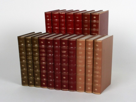 Eighteen French Books from 1949 - IB08424