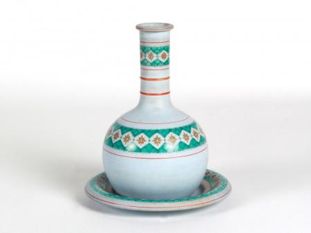 Ceramic Copeland Decanter with Plate - IB08465